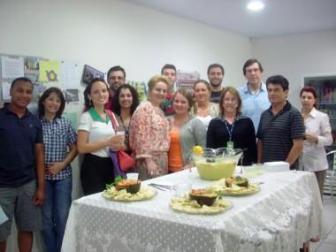 Escola de idiomas Yázigi promove Noite Francesa em Criciúma